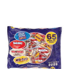 discount halloween candy u0026 popular bagged candy family dollar