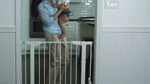 Self Closing Stair Gate by Auto Close Metal Gate By Munchkin Youtube