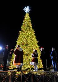 vacaville tree lighting 2017 jelly belly tree lighting event leaves guests aglow