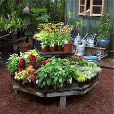 garden ideas small urban vegetable garden design with octagon small urban vegetable garden design with octagon wooden garden bed design and small pots design ideas