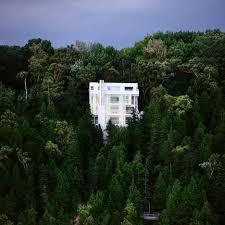 richard meier models all white oxfordshire residence on english