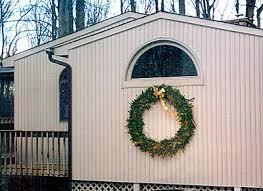 clover hollow wreaths