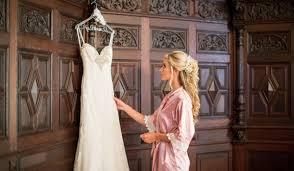 when to shop for a wedding dress wedding attire weddingwire