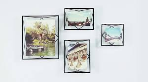 4 creative ways to use photo frames to elevate your home decor