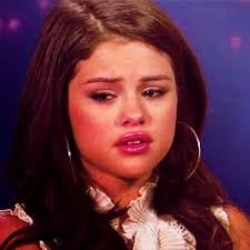Selena Gomez Crying Meme - sad selena gomez crying during an interview