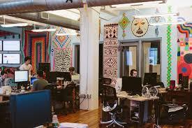 turn your office desk into a corner office the beijinger