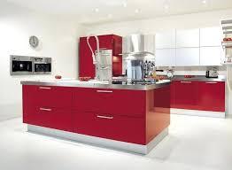 cuisine blanche mur framboise cuisine blanche mur framboise modele de faaade cuisine et arlot