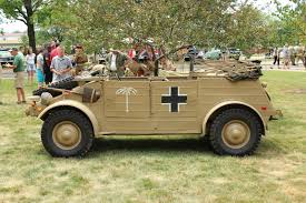 volkswagen kubelwagen minichamps min100052001 german vw82 kubelwagen oberleutnant