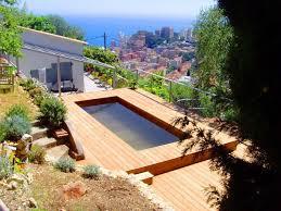 piscine sur pilotis la solution ultime pour avoir une piscine à flanc de montagne