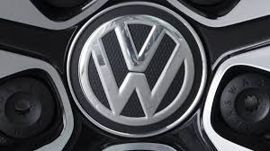 volkswagen plans to u0027leapfrog u0027 tesla in electric car race