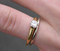 in what order should you wear your engagement and wedding rings