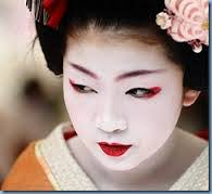 makeup in different cultures cllafollett