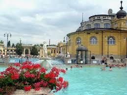 bagno termale e piscina széchenyi termali széchenyi budapest tutto l anno