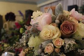 wedding flowers questions to ask ask wedding florists these questions wedding expos in nm