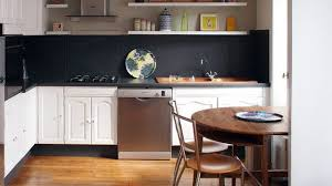 cuisine a peindre repeindre du carrelage mural et au sol comment faire côté maison