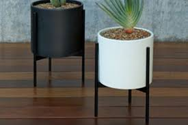 affordable alternative to case study planters apartment therapy