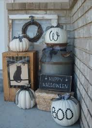 10 halloween curb appeal ideas that are surprisingly stylish