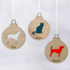 personalised wooden pet bauble by urban twist notonthehighstreet com