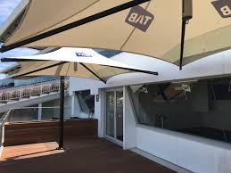 Bunnings Cantilever Umbrella by Quality Commercial And Residential Market And Cantilever Umbrellas