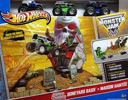 monster truck grave digger games amazon com wheels monster jam grave digger boneyard bash