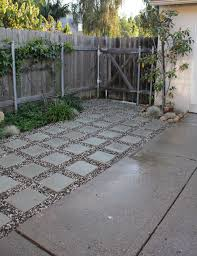 Patio Flooring Ideas Budget Home by Best 25 Inexpensive Patio Ideas On Pinterest Inexpensive Patio