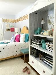 rangement chambre ado fille chambre ado une chambre ado fille qui fait très chic linge de lit