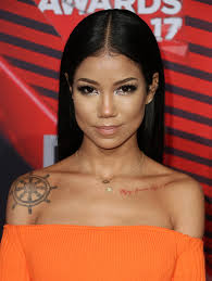 jhene aiko short hair get well jhene aiko reveals struggling with addiction grief for