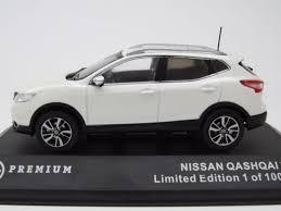 nissan qashqai 2014 black nissan qashqai 2014 blanc métallisé modèle de voiture 1 43