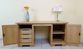 Schreibtisch Abgerundet Schreibtisch In Eiche Buche Oder Kirschbaum Massiv Der