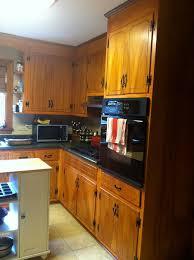 can i paint hinges on kitchen cabinets need help updating my 1960 s kitchen
