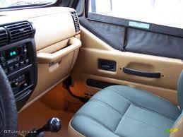 jeep sahara interior green khaki interior 1998 jeep wrangler sahara 4x4 photo 40229302
