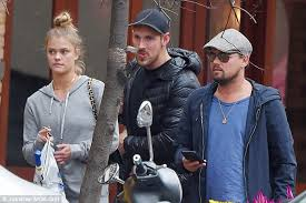 leonardo dicaprio and girlfriend nina agdal on romantic stroll in