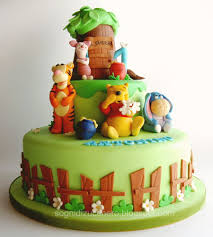 winnie the pooh cakes winnie the pooh cake letizia bruno flickr