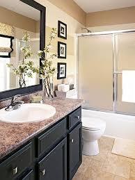 Quick Bathroom Makeover Add A Strip Of Glass Tiles In Bathroom - Simple bathroom makeover