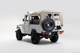jeep toyota the best used 4 4 jeep next to a defender is a toyota landcruiser