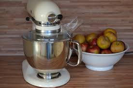 kenwood cuisine mixer kenwood vs kitchen aid which mixer is best