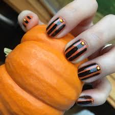 cruelty free halloween nails ft raga varnish and mineral fusion