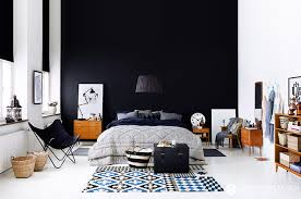 chambre avec mur en comment utiliser le noir sur les murs visitedeco