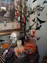 The Candy Buffet by Best 20 Halloween Candy Bar Ideas On Pinterest Halloween Candy