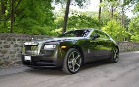 wraith roll royce 2016 rolls royce wraith behind the wheel of a 462 000 apparition