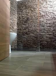 piastrelle in pietra per bagno il bagno rinnovare con la pietra