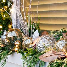 Creative Window Decorations For Christmas by Decorate Your Windows For Christmas