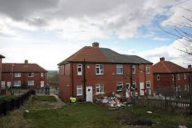 shannon matthews tour of moorside estate u0027offered for 15 by