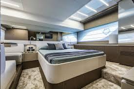 internal ferretti yachts 550