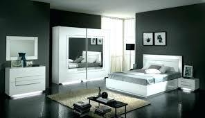 meuble de lit chambre meuble blanc lit city laque blanc chambre a