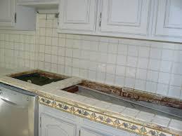 carreler une cuisine plan de travail cuisine en carrelage trendy plan travail con