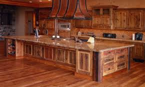 Knotty Oak Kitchen Cabinets Best 25 Knotty Alder Kitchen Ideas On Pinterest Rustic Cabinets
