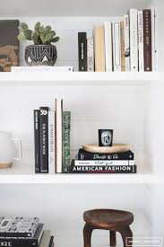 Tidy Books Bookcase White by Best 25 Bookshelf Organization Ideas On Pinterest Bookshelf