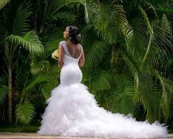 where can you rent a wedding dress for brides to rent a wedding gown or bad move