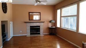 Laminate Flooring Ct 1187 Vale Ct Brentwood Ca 94513 Intero Real Estate Services